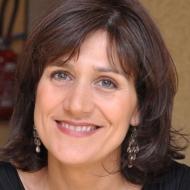 Claudia CARNEIRO